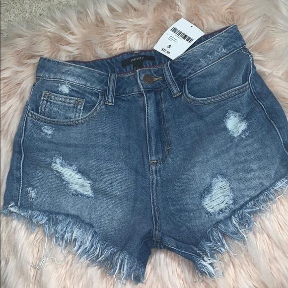 Forever 21 Pants - NWT denim shorts